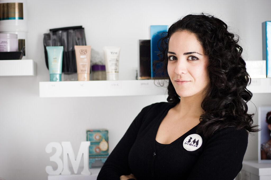 Dolores Hernández, esteticista y empresaria en 3M Belleza.