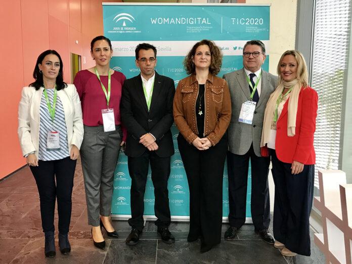 Empresarias, investigadoras y académicas reivindican medidas igualitarias para reforzar la figura de la mujer en el sector TIC en la jornada womANDigital del Congreso Andalucía Digital Week.