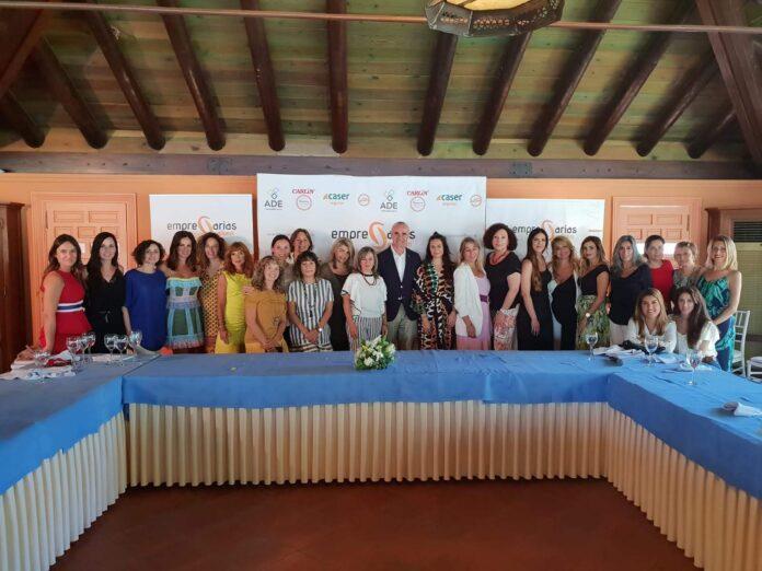 La Asociación Empresarias Sevillanas celebra un almuerzo-coloquio con Antonio Muñoz.