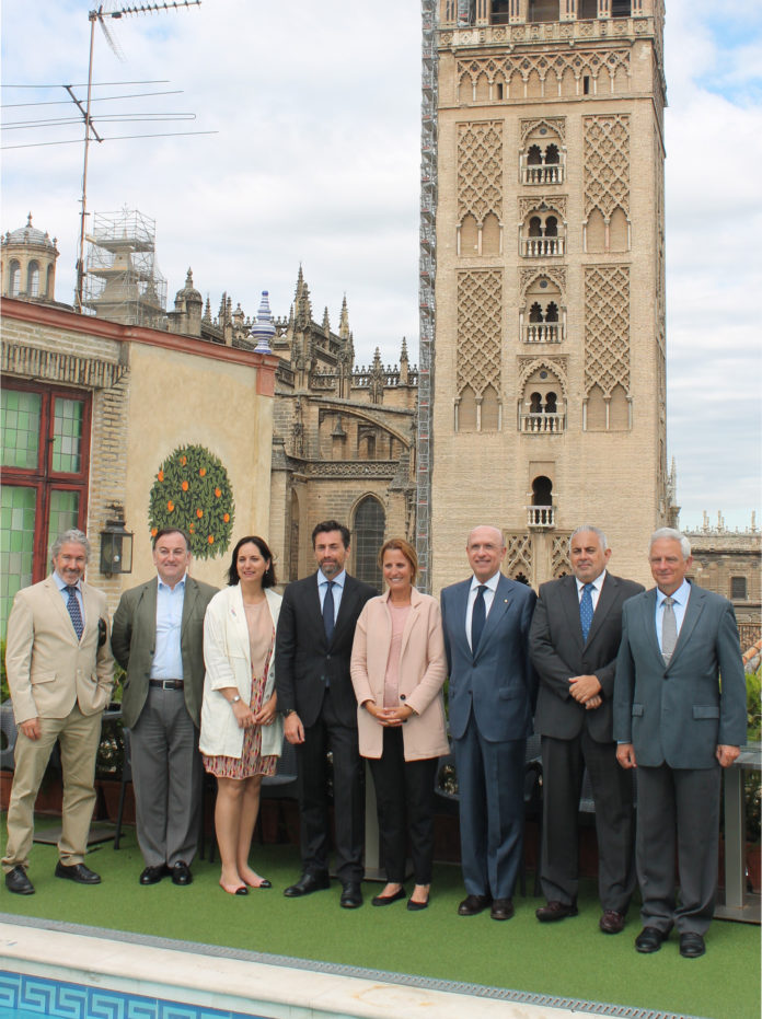 Javier Vargas, Javier Ramos, Manuela Carretero, Antonio Jiménez, Rocío Limón, Domingo Rodríguez, Manuel Domínguez y Manuel Cornax.