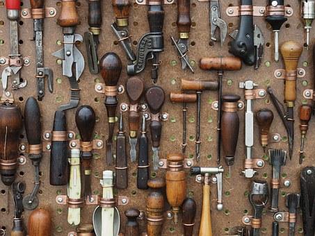 FEDEME y La Policía Judicial colaboran para agilizar la investigación en los casos de robos de herramientas a instaladores.