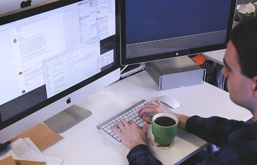 La Agencia IDEA ha respaldado más de 17.800 proyectos empresariales y la creación de 35.000 empleos en diez años.