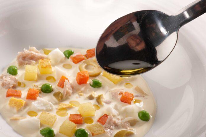 Cómo preparar ensaladilla rusa.