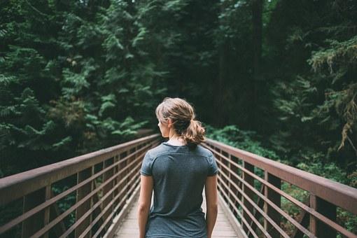 Respirar aire puro es vital para la salud.